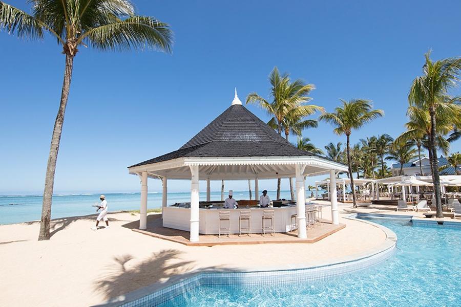 Le Palmier beach restaurant